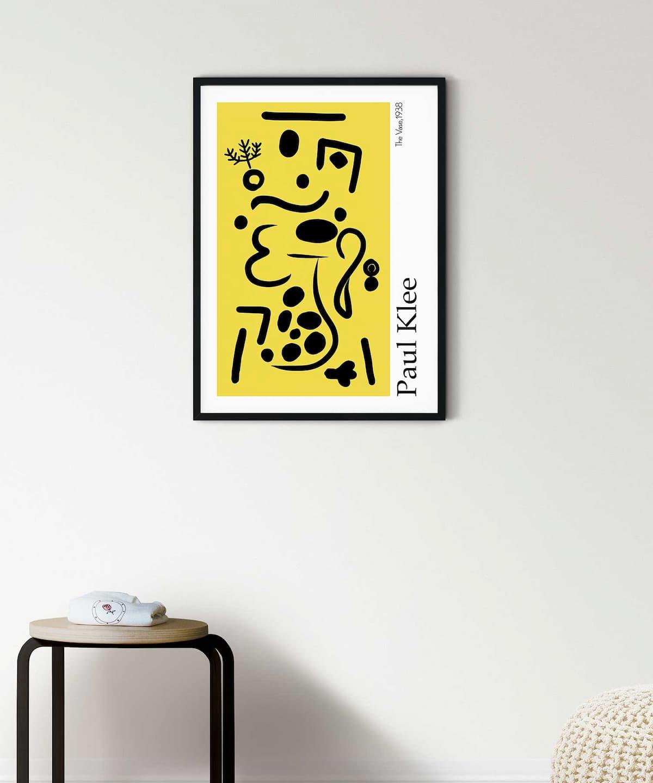 Vase-Poster-on-Wall-Black-Framed-Duwart