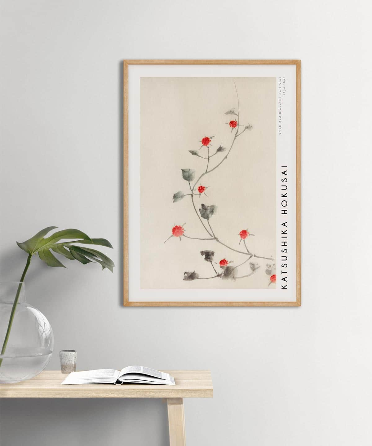 Hokusai-Small-Red-Blossoms-on-a-Vine-Poster-Wooden-Framed-Duwart